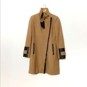 Via Spiga Camel coat with trim detail sz 4